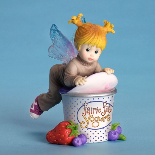 fairie-eating-yogurt-7
