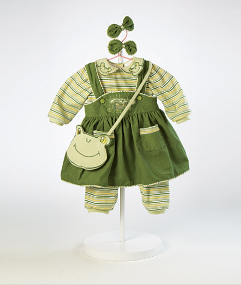 frog outfit